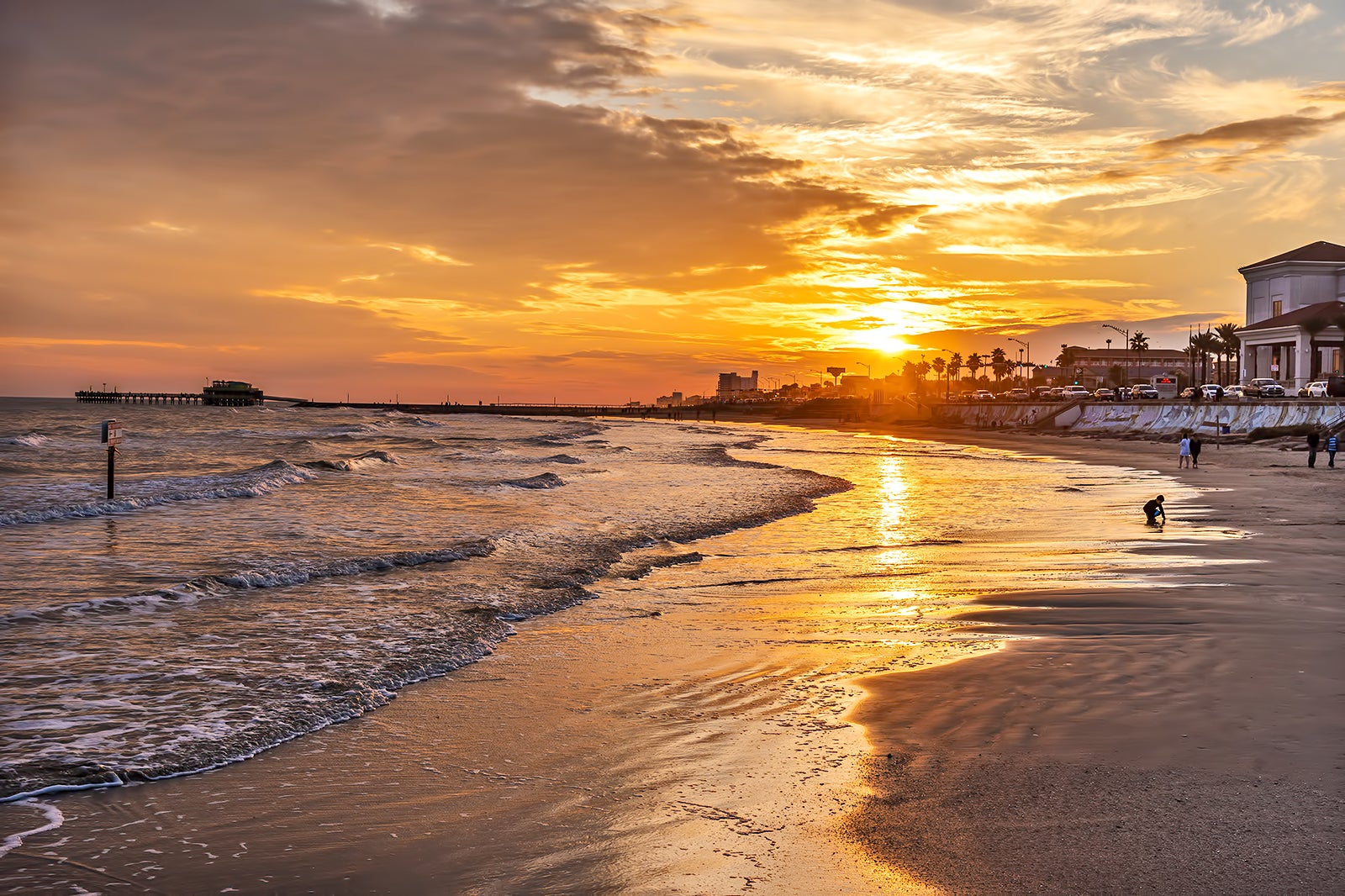 Five Must-Dos for Celebrating Labor Day in Galveston